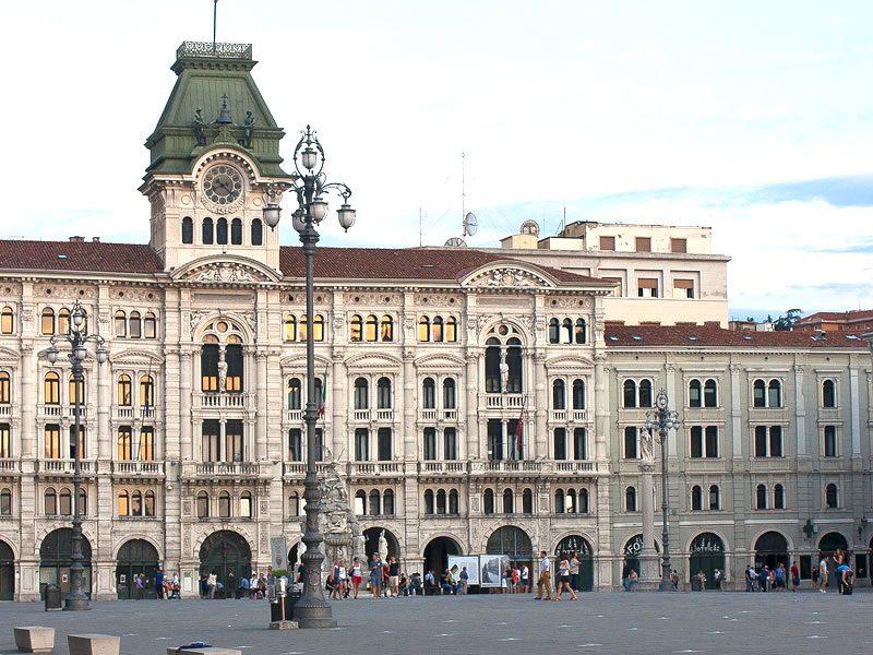 Trieste (90 km) Hotel Garni San Carlo